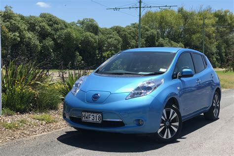 used nissan leafs used car review 2010 2016 nissan leaf trade me