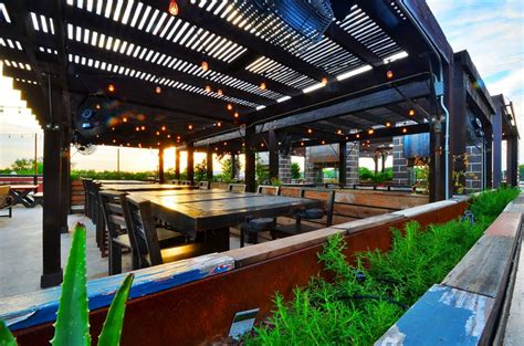 the 25 best patios in dfw for and dining eater - Patio Dining Dallas