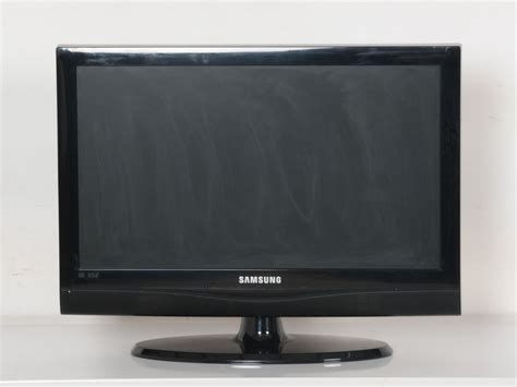 Tv Lcd 22 Inch Termurah samsung 22 inch hd ready lcd tv buy and sell used furniture and appliances in bangalore
