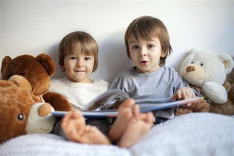 hängematte für zwei kinderzimmer kleinkind idee