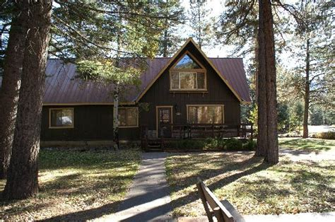Vallecito Lake Cabins by Hallway From Bedrooms To Livingroom Picture Of Blue