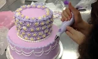 cake decorating archives the glue string 28 insanely creative ways to decorate a cake that are easy af