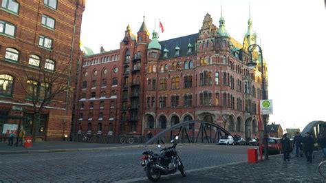 Motorrad Hamburg Hafencity by Hamburg Speicherstadt Hafencity Elbphilharmonie