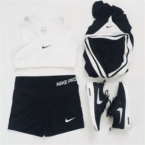 Ssc Adidas Square Crop Sweater Ml nikeshoes ml on wear workout wear and