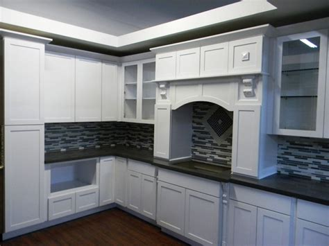 Cer Cabinets by White Maple Shaker Kitchen Cabinets