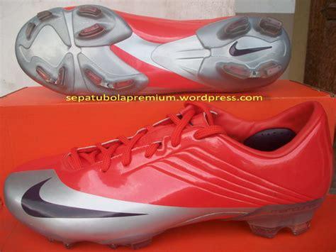 Sepatu Futsal Nike Tiempo Original Premium White Orange 39 44 Import nike mercurial talaria fg sepatu bola sepatu futsal