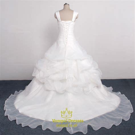 beaded neckline wedding dress beaded ruffle sleeveless wedding dress with beaded