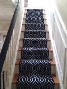 Rug Runners For Stairs by Best 25 Carpet Stair Runners Ideas On Hallway
