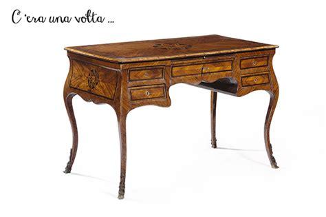 scrivania antica scrivania scrittoio scopriamo le sue funzioni di arredo
