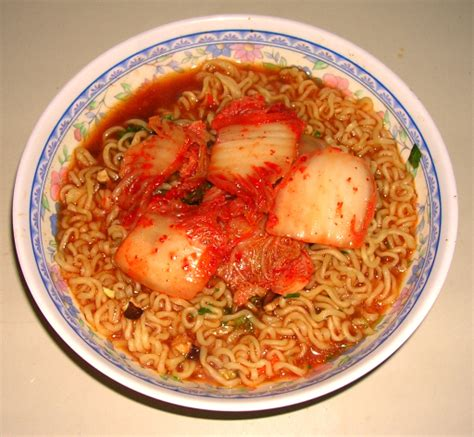 Mie Korea Logo Halal Nongshim Shin Ramyun Spicy 120g 5 Bungkus No Msg jual nongshim shin ramyun spicy noodle ramen
