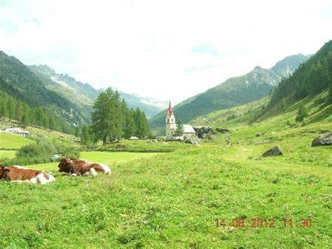 ufficio turistico valle aurina verso il rifugio tridentina a malga lahner picture of
