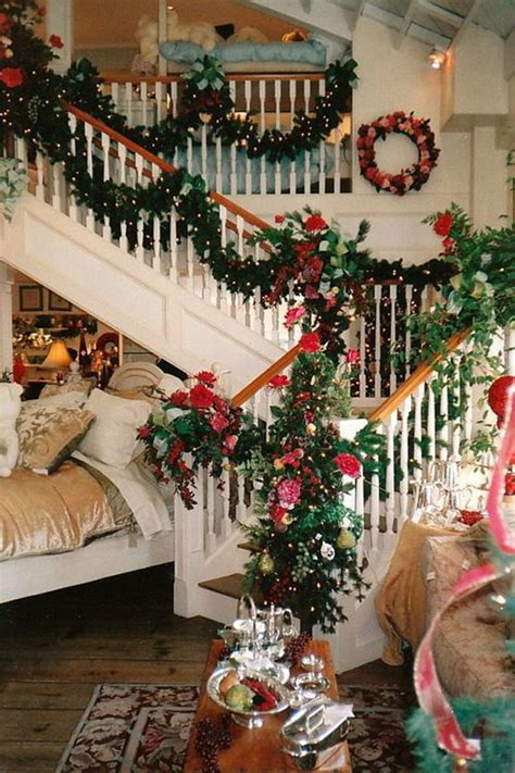 banister christmas decorations 35 amazing christmas staircase with banister ornaments