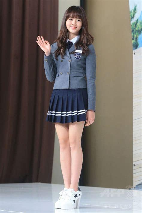 mini skirts japanese school girl uniforms kim so hyun sg reference pinterest asian school