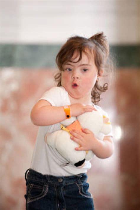 imagenes niños sindrome down jugando ni 241 os con s 237 ndrome de down y los juguetes padres