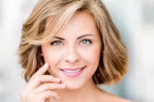 kurzhaarfrisuren damen rundes gesicht kurzhaarfrisuren damen rundes gesicht bilder kurzhaarfrisuren 2190 frisuren und haarschnitt