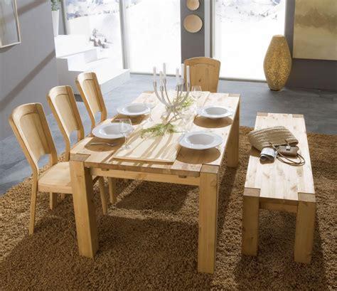 wohnzimmermöbel massivholz welche wandfarbe passt zu einem beigen bett