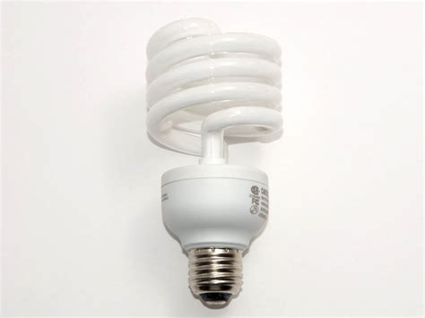 Lu Philips Spiral 32 Watt philips 125 watt incandescent equivalent 32 watt 120 volt warm white spiral cfl bulb el mdt