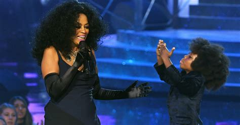 quincy jones diana ross diana ross grandson stole the show during her ama