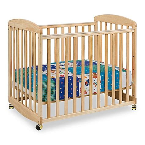 Da Vinci Mini Crib Bedding Davinci Alpha Mini Rocking Crib In Bed Bath Beyond