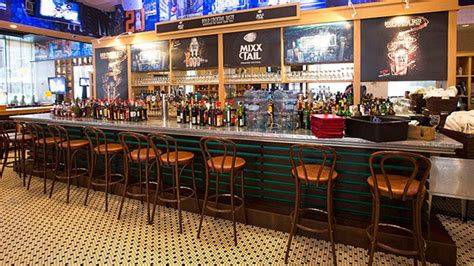 cucinare luga best bars restaurants near penn station square