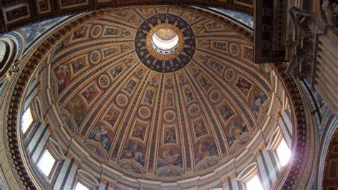 alla cupola di san pietro cupola di san pietro esempio eccellente arketipo