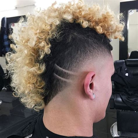 wide curly mowhawk mohawk fade haircut 2018 men s haircuts hairstyles 2018