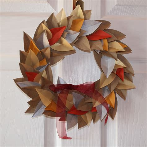 Paper Leaf Craft - ulixis crafts item of the day autumn paper leaf wreath
