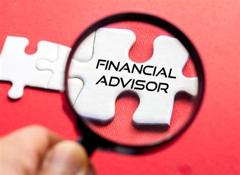 Can You Be A Financial Advisor With Mba by 5 Things To Look For When Picking A Financial Advisor