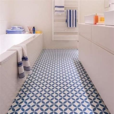 vinyl flooring bathroom ideas 25 best ideas about vinyl flooring bathroom on white vinyl flooring vinyl tile
