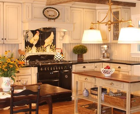 French Country Kitchen Faucet Inspired Beadboard Backsplash Mode New York Traditional
