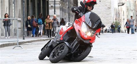 Motorrad Mieten Neuss by Zweiradtechnik In Dormagen Motorr 228 Der F 252 R Neuss