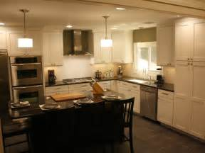 Kitchen Cabinets Molding by How To Install Kitchen Cabinet Crown Molding How Tos Diy