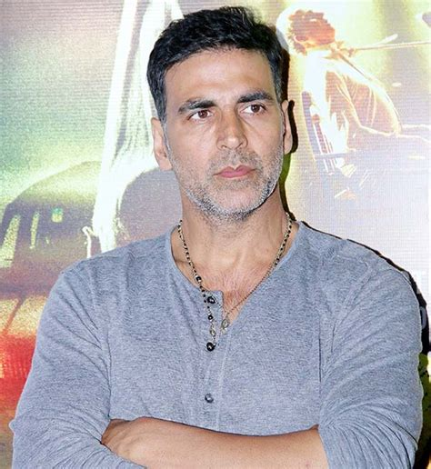 Angry Akshay Kumar rubbishes rumours about Nepal ...