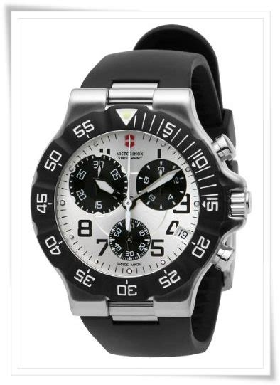 Swiss Army 2201 Silver Combi 2013 best sport watches for 500 graciouswatch