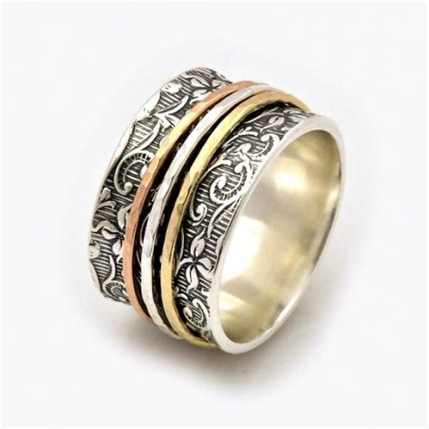 Fidget Spinner Ring Gold leaf motif spinner ring leaf spinner ring meditation