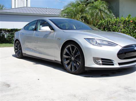 Tesla Model S Silver Tesla Model S Performance 85 Silver