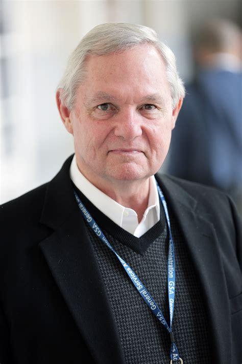 Robert Hutchings robert l hutchings wilson center