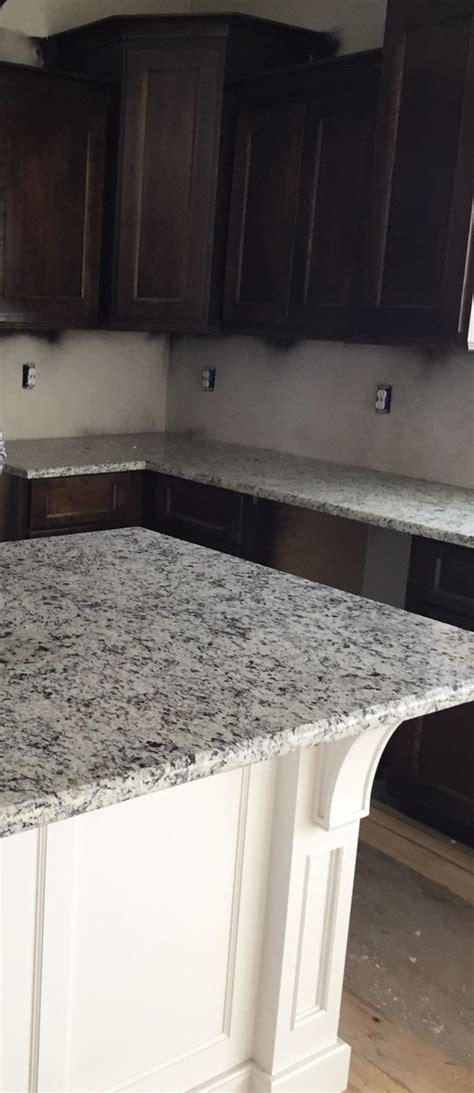 backsplash with dallas white granite