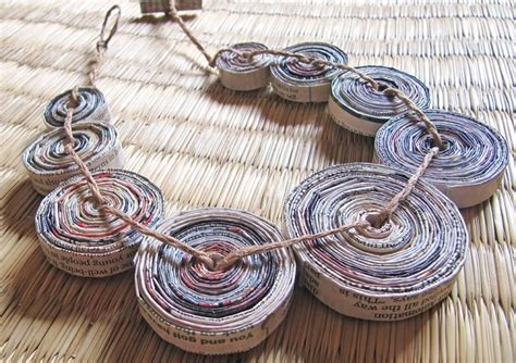 How To Make Paper Necklaces - paper jewelry by devi chand