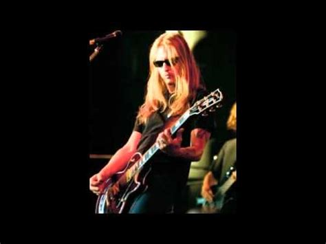Jerry Cantrell Cribs by Jerry Cantrel Elaegypt