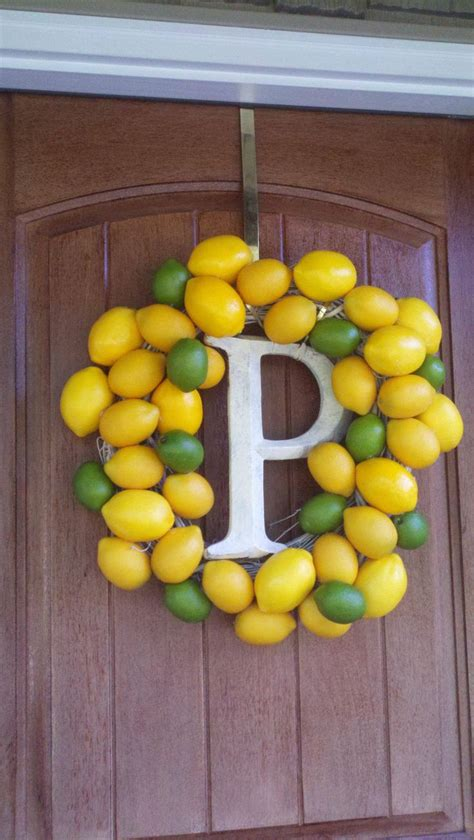 lemon kitchen decor i can do this my lemon and lime kitchen pinterest