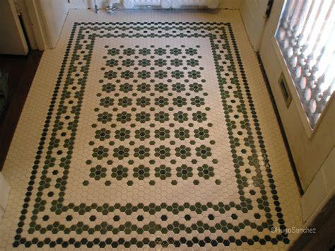Entrance mosaic   Céramiques Hugo Sanchez Inc