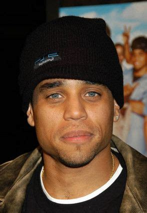 actor with bright blue eyes michael ealy african american actor blue eyes men