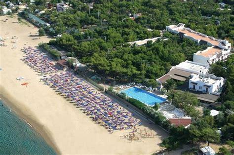 villaggio il gabbiano vieste hotel di vieste 3 stelle sul mare con piscina