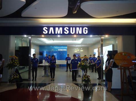 Samsung Di Indonesia samsung experiential shop hadir di plaza indonesia dengan