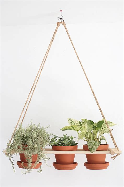 Hanging Planters Diy by 25 Best Ideas About Hanging Planters On Diy