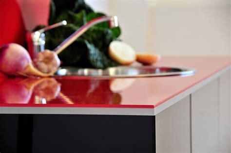 carrelage adh駸if cuisine cr 233 dence et plan de travail les nouveaut 233 s hygena