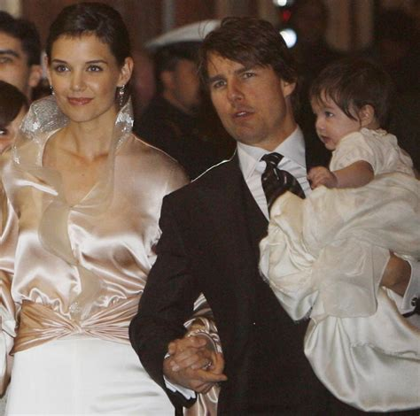 Tom Cruise Grows In Wedding Photo by Look Back At The Studded Wedding Of Tom Cruise And