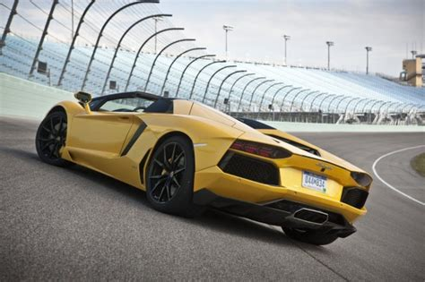 lamborghini aventador lp700 4 roadster 795 000 price tag announced photos caradvice lamborghini aventador lp700 4 roadster priced from us 795 000 plus taxes made in china com