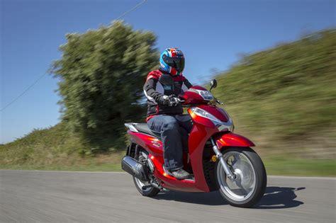 Motorrad änderungen 2017 by Honda Sh300i 2015 Test Motorrad Fotos Motorrad Bilder